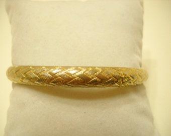 Vintage Gold Tone Bangle Bracelet (4079)