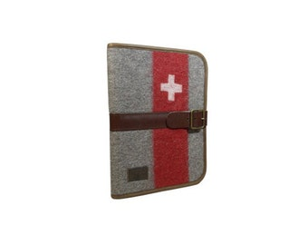 WD66 Swiss Army Blanket Writing Case A4 by Karlen Swiss