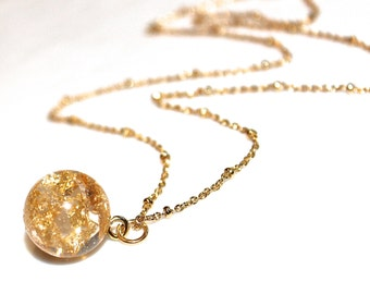 As Seen at GBK's 2015 Golden Globes Gift Lounge: Gold Leaf Necklace Orb Necklace Sphere Pendant Orb Pendant Gold Leaf Jewelry FizzCandy