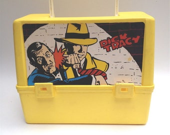 Dick Tracy lunch box. Canadian thermos products Disney