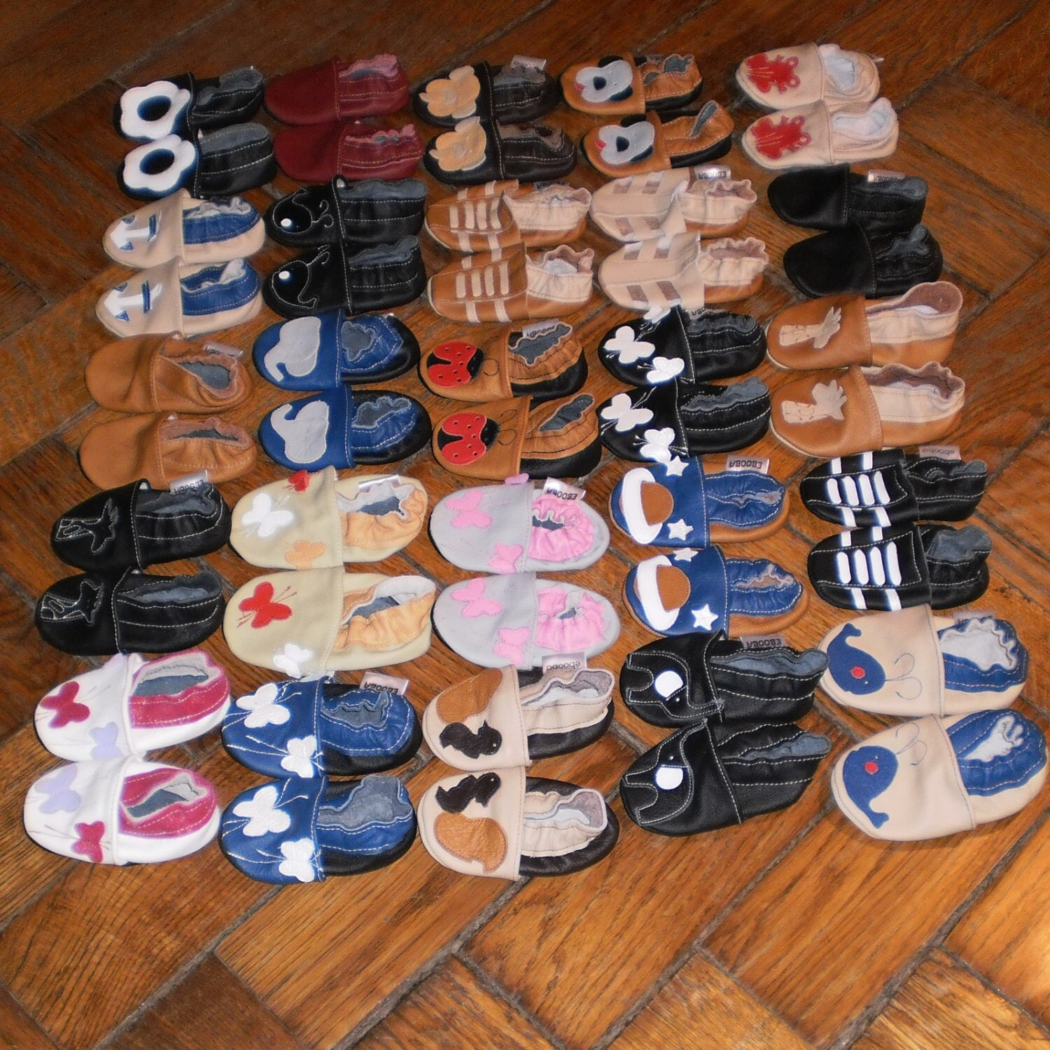 Wholesale soft sole baby shoes 25 pairs different sizes and