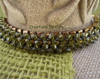 30% off every tutorial! Use coupon code WELCOME in the coupon area at checkout. Alexis woven beaded bracelet pattern tutorial