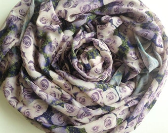 Lilac Lavender Rose Chiffon Fabric, Violet Rose in the Garden Printed, Lady Scarf, Light weight blouse, Woman skirt, Smooth fabric cf002