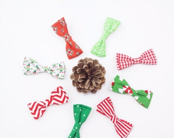 Christmas bow tie. Baby boy Christmas bow tie. Baby boy Christmas outfit. Candy cane bow tie. Toddler Christmas bow tie. Christmas bow tie