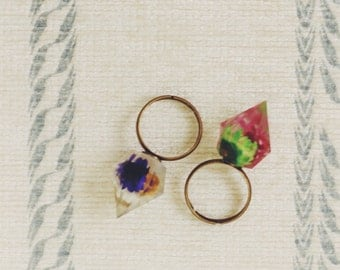Diamond Shaped Floral Ring, Two Colour Option - Pink And Purple, Adjustable Dry Flower Ring, Resin Daisy Ring