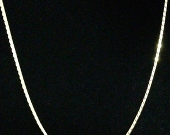 Vintage Monet Snake Chain Necklace (WhtD2)