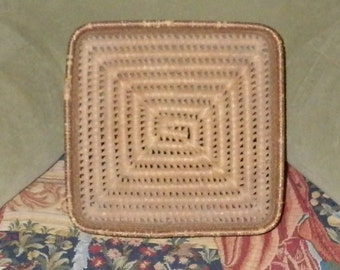 Vintage Native Apache or Pima Square Straw Weave basket/bowl 12""
