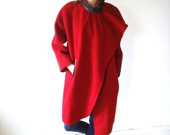 Red women coat, vintage winter coat, Red coat, 38,  size M, medium