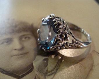 Art Nouveau design Sterling Silver Aquamarine  Ring Size 6.75