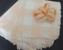 6 Vintage Plaid Woven Peach and White Dinner Napkins with Fringed Edges & 6 Plastic Napkin Rings, Pretty Delicate Colors, Victorian Wardrobe