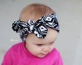 Black and White Baby Bow Headband/ Baby Head Wraps/ Baby Headwrap/ Toddler Headwrap/ Baby Girl Clothes/ Newborn Girl/ Baby Gift