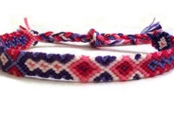 Descending Diamond Arrowhead Pattern Embroidery Macrame Friendship Bracelet
