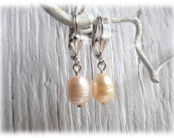 simple Baroque Pearl tear drop earrings, very noble in apricot color