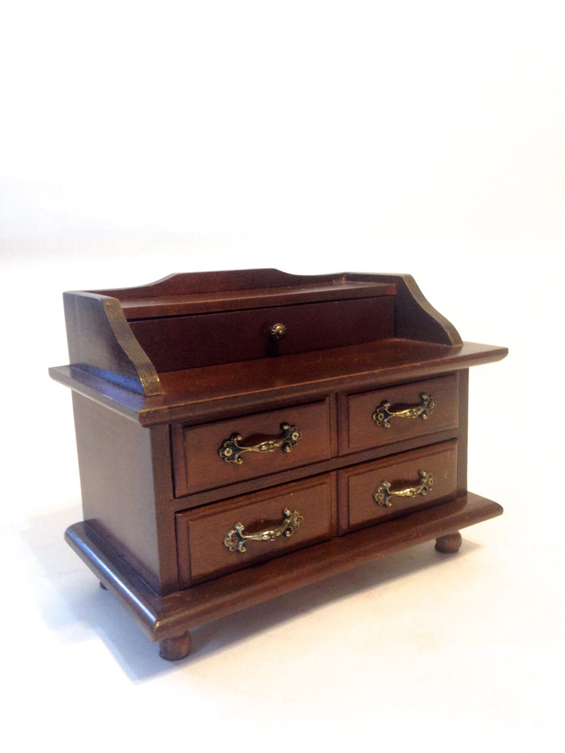 Solid wood dresser jewelry box detailed handles felted for Solid wood jewelry chest