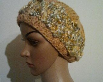 Knitted hat in the Kosackenstil