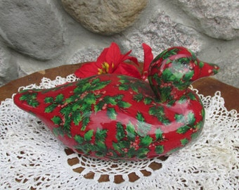 Vintage Ruby Red Decoupage Duck Figurine Enesco Christmas Holiday Holly Berry Bird