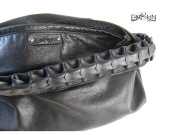 """Sacca DOVAH borsa in pelle nera molto capiente e morbida con manico lavorato a mano, fa parte della linea """"worm"""""""