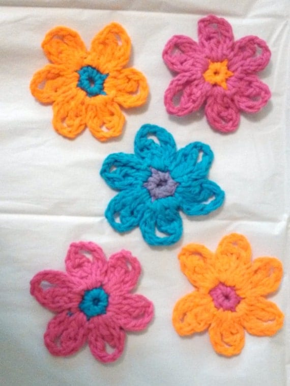 "Set of 5 Spring Flower Appliques Set, 4"" Diameter, Set of 5"