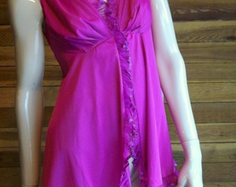 Vintage Lingerie 1960s GLYDONS Dark Mauve Babydoll Nightgown Small