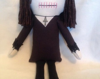 Creepy n Cute Zombie Doll - 'Eileeen Deitz' Portrait Doll (P) (GIFT)