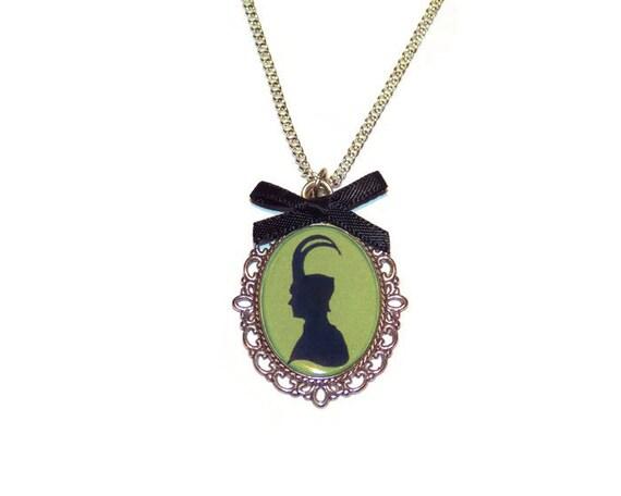 loki cameo necklace