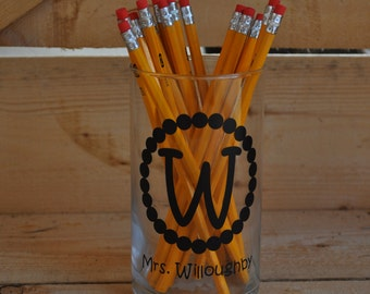 Personalized Pencil Holder End of Year Teacher Appreciatioin Different Vinyl Colors Available 8 Pencils