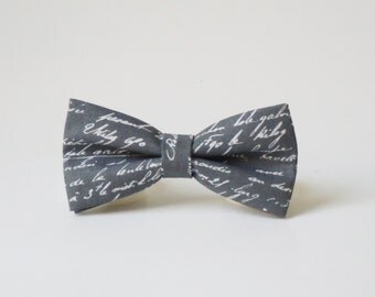 Gray Men's Bow Tie Grey pre tied bow tie Men's bow tie in letters words text Wedding bow tie Groom bow tie Freestyle bow tie