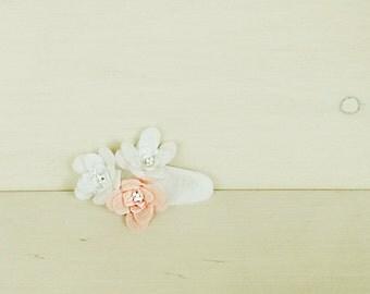 White flower hair clip - felt hair clip - girl hairclip