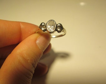 925 Sterling silver vintage Clear stone ring, size 9