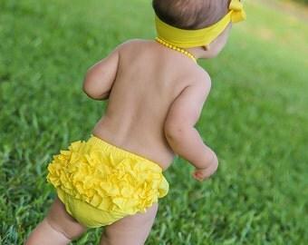 Baby Bloomers, Yellow Ruffle Baby Bloomer, Yellow Baby Bloomers, Cotton Baby Bloomer, Bloomers, Baby Diaper Covers, Newborn Bloomers, 2221