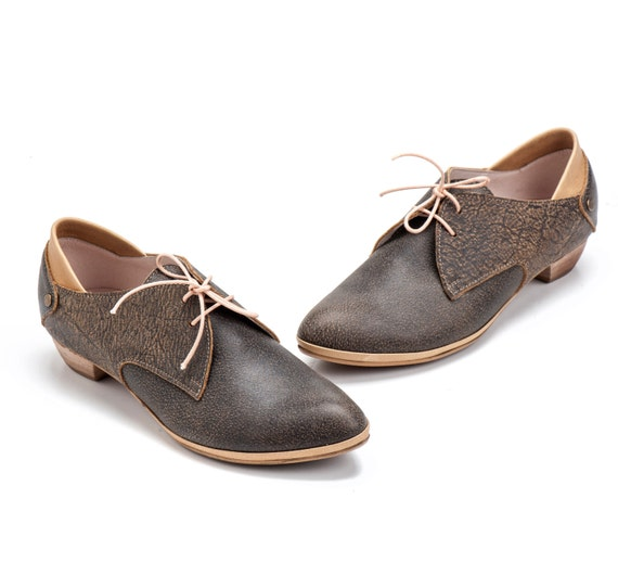 Women Leather Shoes / Grey Leather Lacing Shoes / Unisex Leather Shoes / Mens Leather Shoes /  Flat Casual Shoes / Office Wear - Adrian