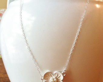Dainty silver necklace, Silver Flower, Pearl flower necklace with Sterling Silver chain
