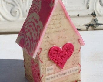 Pink Heart House - 3 dimensional house of inspiration