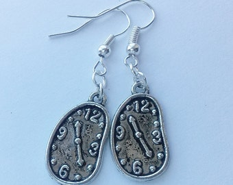 Melting Clock Earrings , Salavdor Dali Earrings , SIlver Clock Earrings , Silver Earrings , Handmade Jewelry , Surrealism , Artist Gift