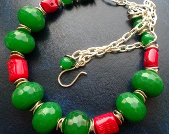 necklace Red corals green Chrysoprase. large necklace. necklace green Red. big necklaces. necklace Gemstones.large stone.collares de piedras