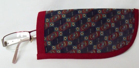 Fabric glasses case, quilted spectacle holder, sunglasses cover, eyeglasses case, quilted glasses protector, glasses holder, navy & maroon