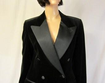 Bill Blass-Stunning Black Velvet and Black Satin Tuxedo Suit