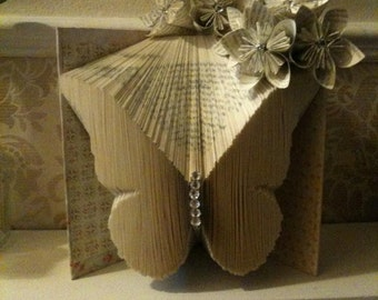 Book Folding Pattern for a Beautiful Butterfly +FREE TUTORIAL