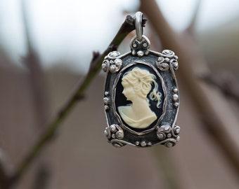 Sterling Silver Cameo Pendant, Ornament Cameo Pendant, 925s Pendant, 925s Cameo Pendant, Ornament Pendant, Sterling Silver Pendant, Cameo