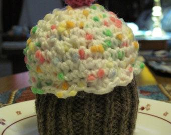 knit/crochet cupcake