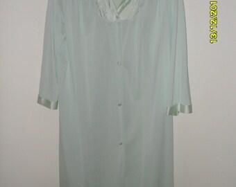 Vintage 70s Pale Green Satin trimmed robe, Size M/L