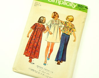 Childs Size 14 Hippie Dress in Two Lengths or Top 70s Vintage Simplicity Pattern 6123 / chest 32 waist 27 / Complete