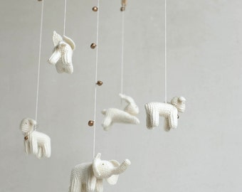 baby mobile / WHITE ANIMALS mobile / knitted  animals mobile /  made to order