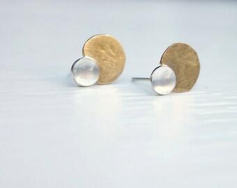 Pod Stud Earrings // Carnelian, Moonstone, Turquoise // (K1045)