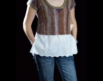 Cropped sweater vest t-shirt short sleeve hand knitted from Noro Mossa yarn size Small-Medium