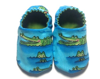 Alligator Baby Boy Shoes, 0-6 mos. Baby Booties, Soft Sole Shoes, Boy Crib Shoes, Slip on Baby Shoes, Alligator Baby, Baby Baby Gift