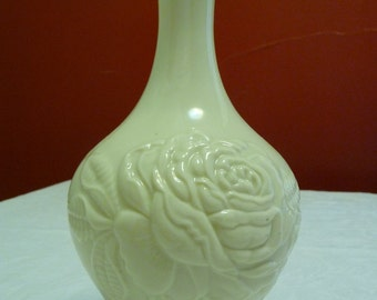 "Vintage Ivory Colored ""Rose"" With 24K Gold Trim Lenox Vase"