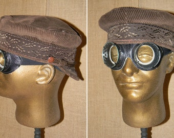 Amazingly Preserved Vintage Leather and Glass Aviator or Motoring Goggles