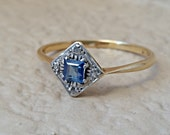 English Antique Art Deco Cornflower Sapphire Diamond 18K Gold Vintage Ring Estate Size 9 5/8