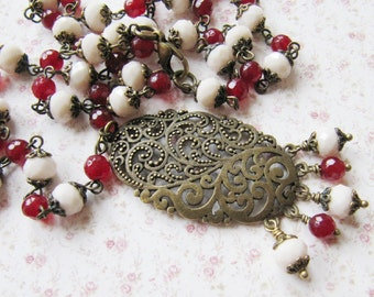Red and ivory necklace, beaded necklace, bronze vintage style jewelry, gift for her, romantic, Europe